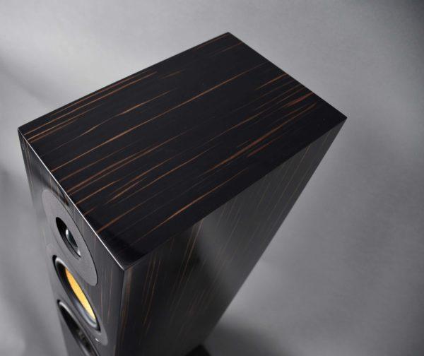 Davis Acoustics Courbet 7